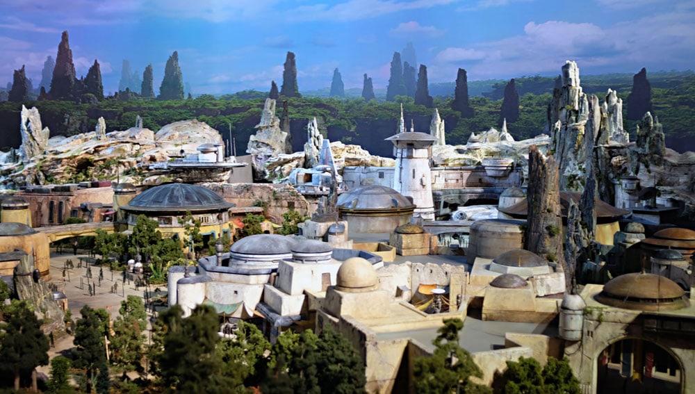 Conoce Todo Lo Que Debes Saber Sobre El Parque de Atracciones De Disney Star Wars: GALAXY'S EDGE